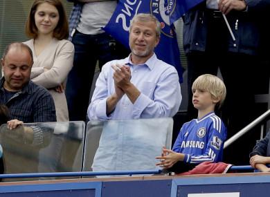 Chelsea's Russian billionaire owner Roman Abramovich, centre (file pic).