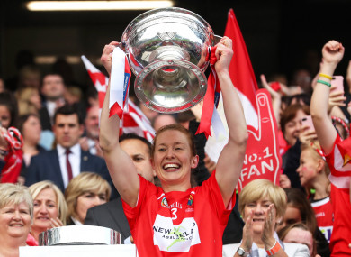 Rena Buckley lifts the O'Duffy Cup after Cork's All-Ireland final victory over Kilkenny in 2017.