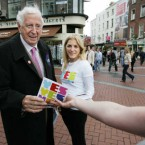 Garret FitzGerald with his granddaughter Reachbha canvassing for a Yes vote in the Lisbon Treaty referendum 2009. (Leon Farrell/Photocall Ireland)