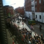 Aerial view of an orderly queue forming towards St Patrick's Cathedral. (Image: @ckennedypr)