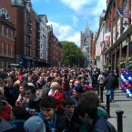 Packed lunched in view among the crowds on Dame Street this afternoon. (Image: @barratree)