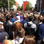 Crowds in Christchurch waiting for the queue to move towards Dame Street. (Image: anonymous TheJournal.ie reader)