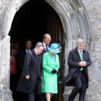 The queen picks her step carefully as she descends the Rock of Cashel. (Pic: Paul Faith/PA Wire/Press Association)