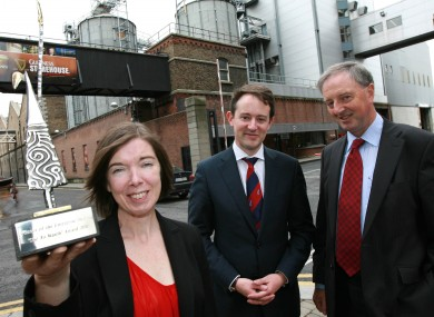 Dr Fiona Lyng, Dublin Institute of Technology, (left) with Minister Seán Sherlock TD (centre) and Feargal O'Morain, Enterprise Ireland