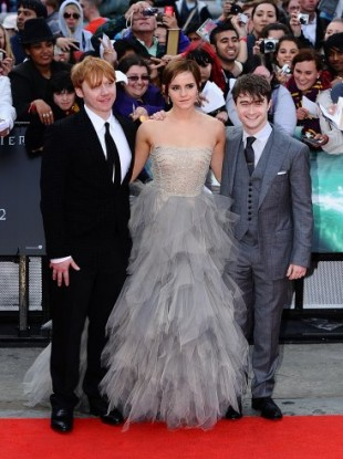 (L-R) Rupert Grint, Emma Watson and Daniel Radcliffe arriving for the world premiere of Harry Potter And The Deathly Hallows: Part 2.