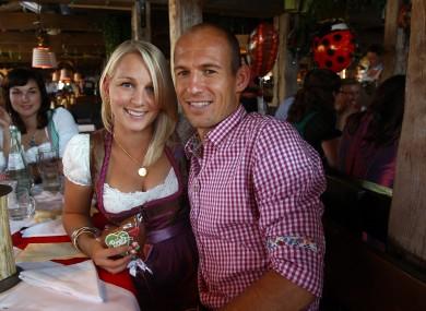 Arjen Robben and his wife enjoy the weekend's festivities.