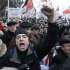 Protesters shout anti-Putin slogans (AP Photo/Mikhail Metzel)