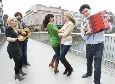 Musicians including the Coronas' Danny O'Reilly, and TV personality Aoibhinn Ní Shuilleabháin, help to launch Seachtain na Gaeilge.