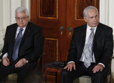 File photo: President Mahmoud Abbas, left, and Prime Minister Netanhayu in the White House, 2010.