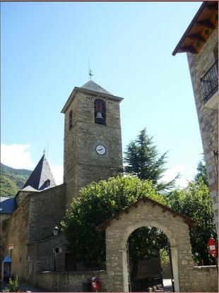 Iglesia de Santa María in Hesca, Spain
