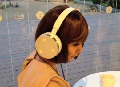 Trying out the headphones from neurowear...