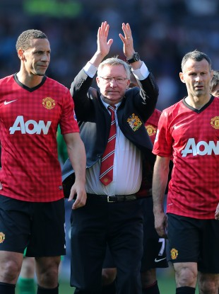 Ferguson flanked by Ryan Giggs and Rio Ferdinand after the game.