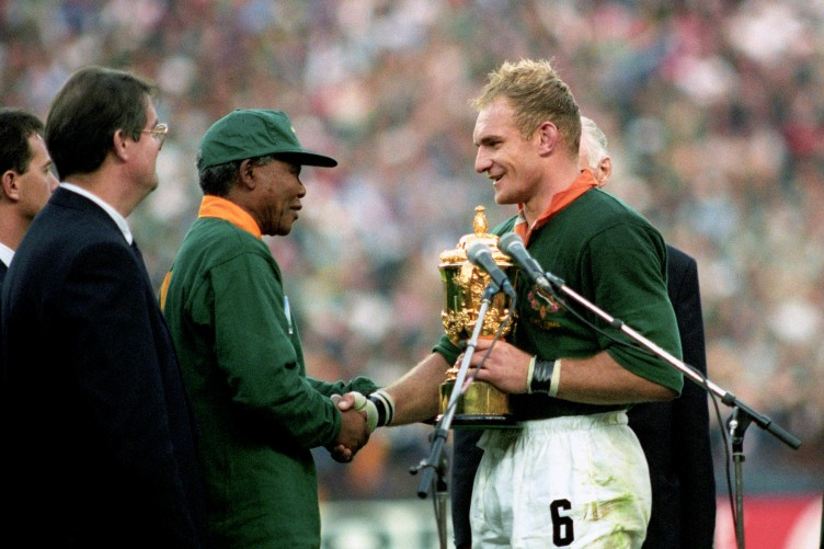 f644b0b11e8 18 years ago, Mandela wore a Springbok jersey to present the Rugby World Cup