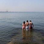 Sun-bathers take a dip in Dublin. Photo: Mark Stedman/Photocall Ireland