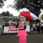 Egyptian protester Fatima Ahmed (10) from Tallaght joined Protesters from the Anti War Movement at the United States America embassy in Dublin this evening, to demand the release of Manning.<span class=