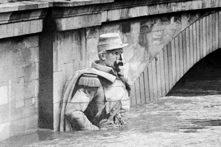 once in a century flood could devastate paris thejournal ie