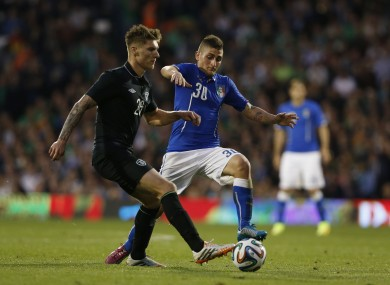 Ireland Jeff Hendrick with Marco Verratti of Italy.