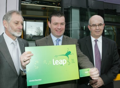 Gerry Murphy, NTA CEO; Alan Kelly, Public Transport Minister, and  Tim Gaston, NTA Project Director, at the launch of the Leap Card in 2011. (Warning: card may not be to scale.)