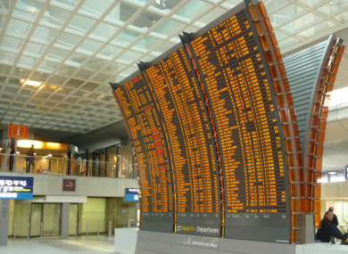 A display at Paris CDG manufactured by Data Display