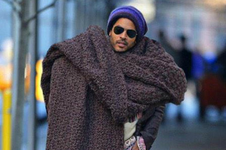 c1e920d9c56 The internet is going wild for Lenny Kravitz s ridiculously huge scarf