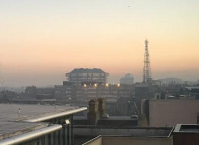 The fog lingering over Dublin city centre this morning.