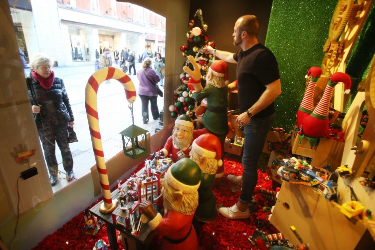 Eye-catching creation: The science behind festive Christmas