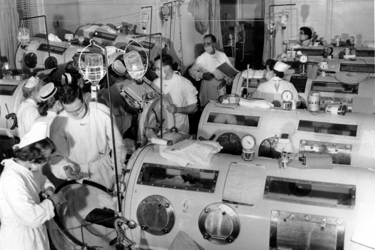 Living in an Iron Lung: 'It was a long, airtight coffin-shaped box with my head sticking out at one end' (Iron lungs polio পোলিও)