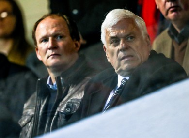 Peter Ridsdale with Preston North End manager Simon Grayson at Richmond Park on Friday.