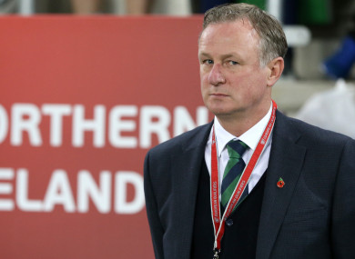 Michael O'Neill has signed a new contract with Northern Ireland.