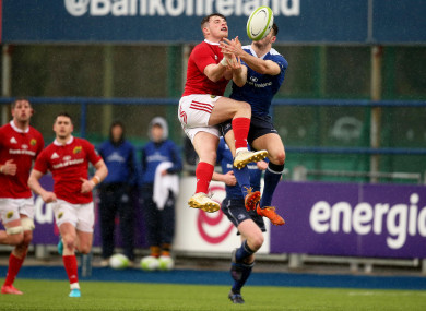 Calvin Nash and Jack Kelly compete for a high ball.