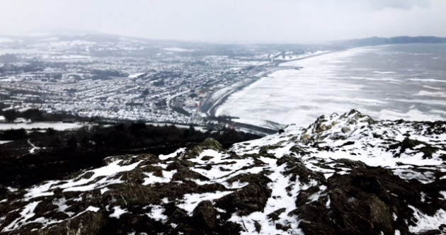 17 stunning photos that sum up a snow-covered, stormy Ireland