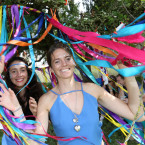 Kasia and Ewelina Nosal from Poland/Dublin at the Wishing Tree<span class=