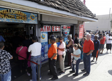 There were long queues to buy tickets for the lotto.