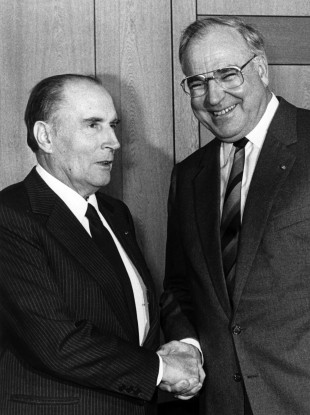 File photo: French President Francois Mitterrand (left) during a visit to Germany on 7 November 1985.