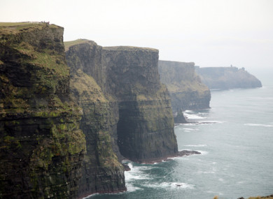 Student dies after falling from Cliffs of Moher while taking a photo fa214cac73552