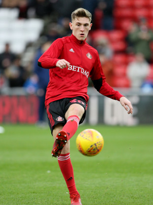 Jimmy Dunne has joined Sunderland on loan from Burnley until the end of the season.