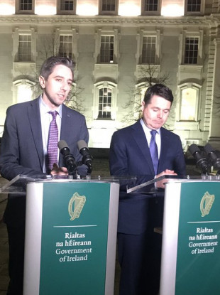 Ministers Simon Harris and Paschal Donohoe briefing the media this evening.