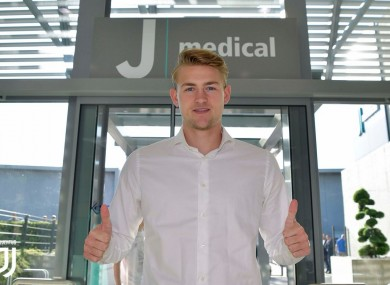De Ligt gives the thumbs up at Juve's training ground.