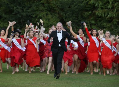 File photo of Rose of Tralee host Dáithí Ó Sé and contestants in 2017.