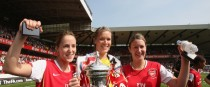 Republic of Ireland and Arsenal's Yvonne Tracy, Emma Byrne and Ciara Grant celebrate with the FA Women's Cup in 2008.