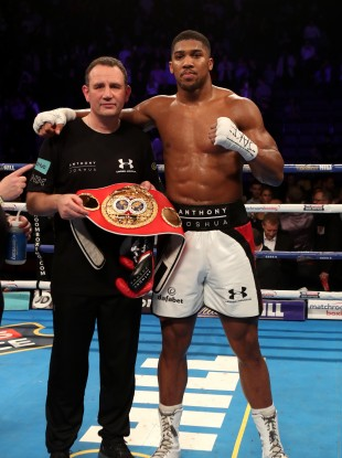 Anthony Joshua with trainer Rob McCracken.