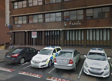 Gardai in Henry Street Garda Station are investigating the robbery.