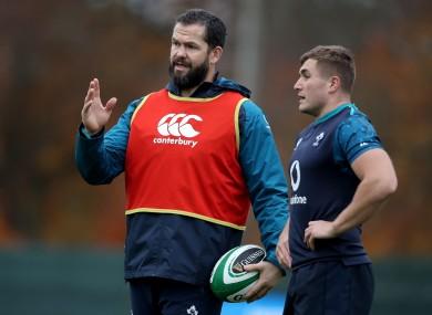 Andy Farrell addressing Jordan Larmour during Ireland training in 2018.