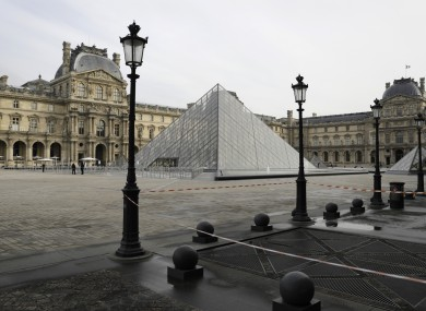 The almost empty courtyard of the Louvre museum