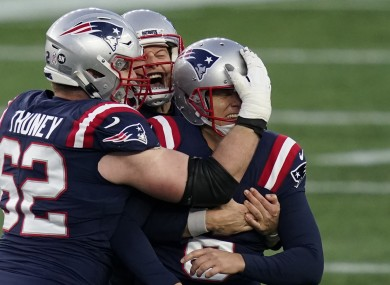 Nick Folk's late field goal snatched a win for the Patriots.