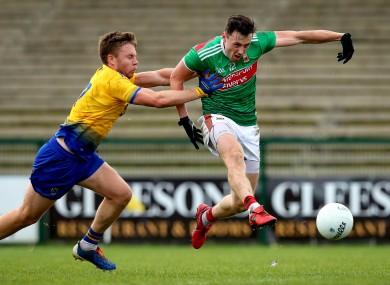 Diarmuid O'Connor scores Mayo's goal.