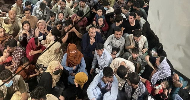 Photo shows more than 600 Afghans on US military flight hours after Kabul fell to Taliban